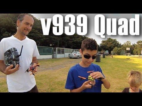 v939 QuadCopter Fun - Battles and Challenges - JB vs Thomas - UCced_wdSslkOf7xc_0qyT8w