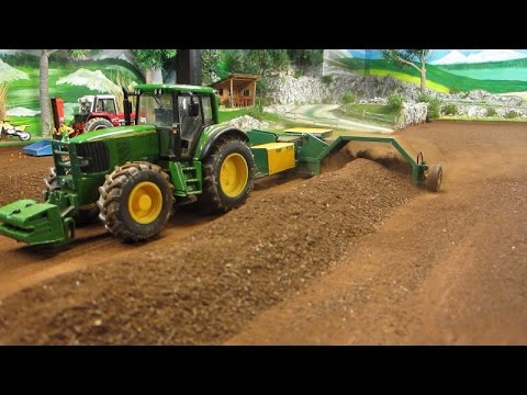 RC TRACTOR turn dusty compost / Rc toy action - UCmlTIlYhEGngvGn6quI8scg