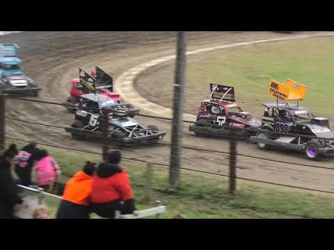 Stockcars Group 1 Wanganui Race 1 - dirt track racing video image