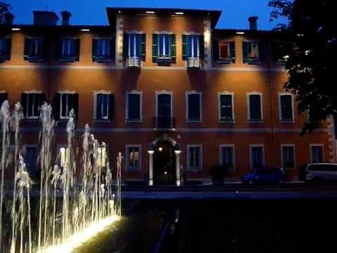 Prospetto di palazzo Agudio-Consonni a Malgrate