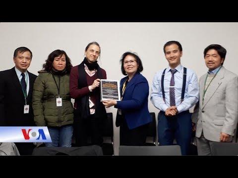 Gia đình tù nhân lương tâm Việt gặp Bộ Ngoại giao Đức (VOA)