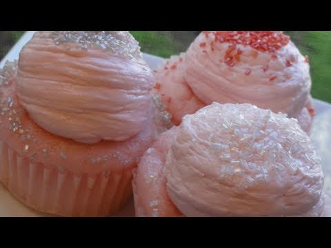 Pink Champagne Cupcakes for the New Year