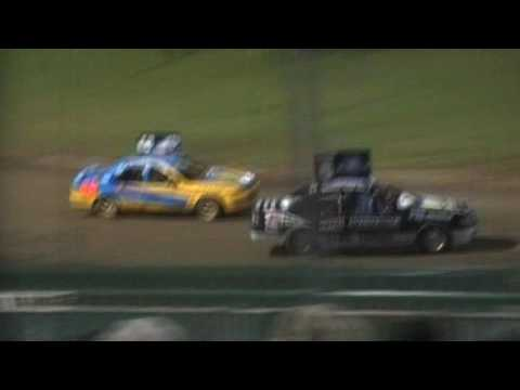 Street Stocks Feature - Lismore Speedway - 28.01.17 - dirt track racing video image