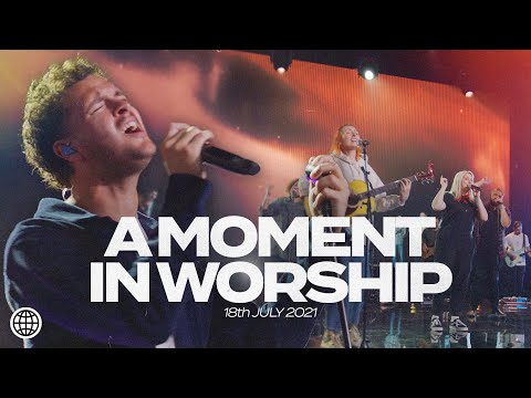 A Moment In Worship with Aodhan King, Rachel Toomalatai, Hannah Hobbs & the Hillsong worship team