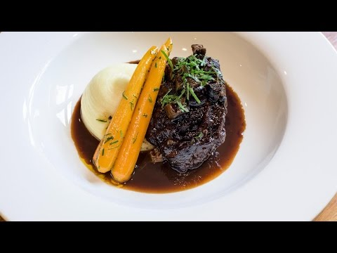 Braised Irish beef cheek with anchovy, pickled walnuts and mash