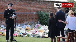 Thames Valley Police hold tribute for PC Harper