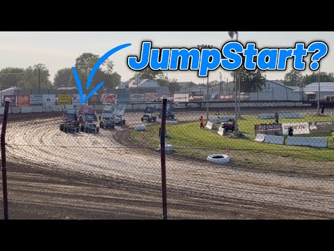 Tanner Holmes 410 Sprint Car Heat Race At Fremont Speedway! (Ohio Speedweek) - dirt track racing video image