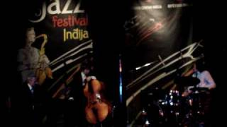 five corners quintet - live at inđija