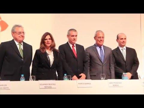 Imagem post: Márcio Coriolano assume presidência da CNseg