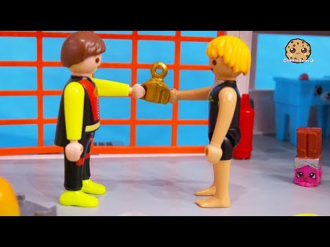 It's Mine ! Strange Ocean Part 4 Playmobil Toy Series by Cookie Swirl C - UCelMeixAOTs2OQAAi9wU8-g