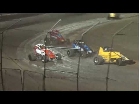 Wingless Sprints 100 Lap Feature Race at Castrol Edge Lismore Speedway. 19.01.19 - dirt track racing video image