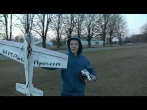 Jase Dussia Flying the WMPF McFoamy XL     2/2/12 - default