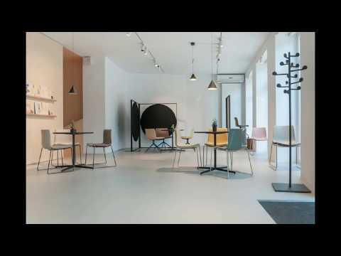 Pavimento in Resina per Negozio a Milano. Video mostra l'applicazione pavimento moderno; ciclo completo sulle base di resina Apsecete Deco. La posa è stata fatta nella città di Milano, Lombardia, Italia nel febbraio 2018.