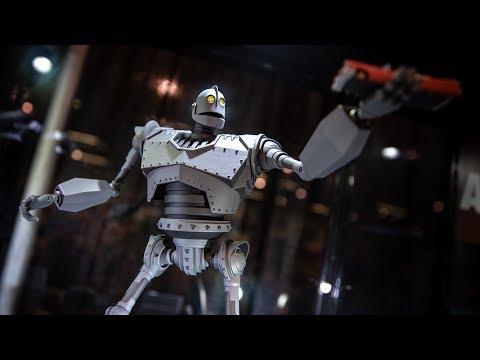 Mondo's New Iron Giant at DesignerCon! - UCiDJtJKMICpb9B1qf7qjEOA