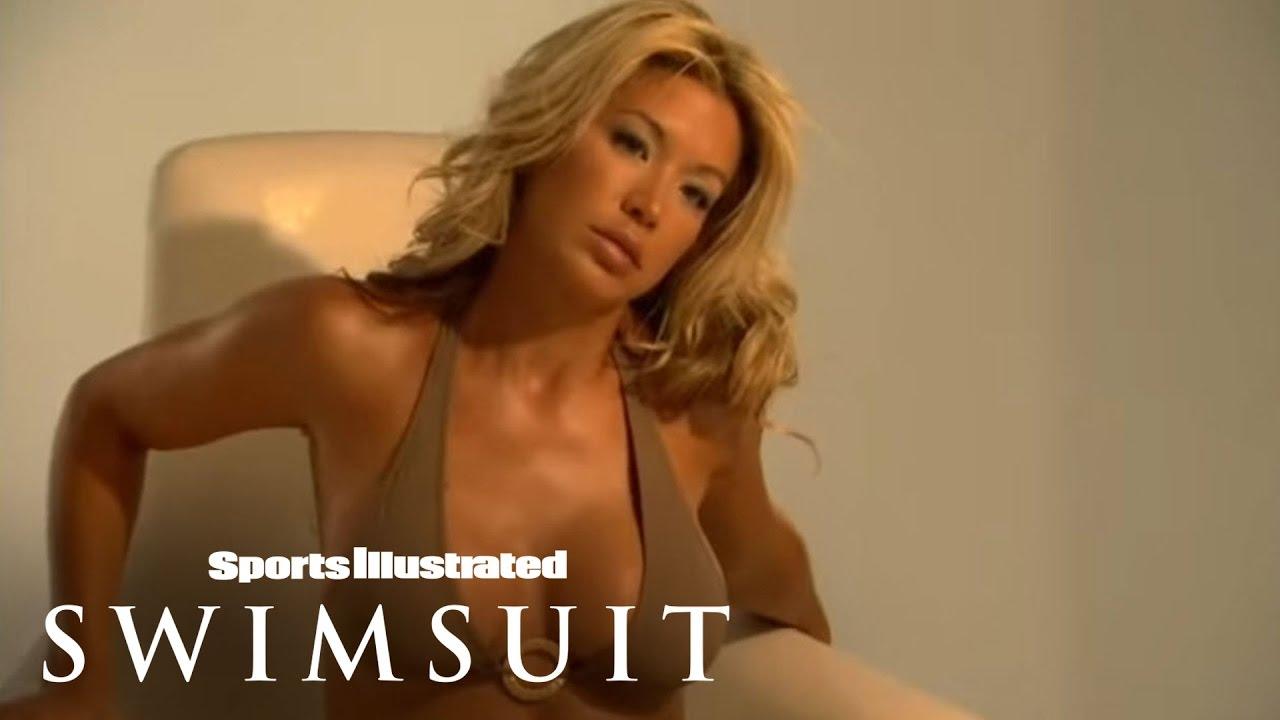 Carmelo Anthony, Jeff Garcia & Johnny Damon's Wives Photoshoot 2008   Sports Illustrated Swimsuit
