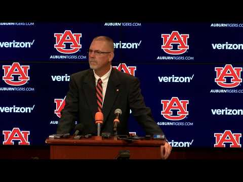 New Auburn softball coach Mickey Dean is introduced to the media for the first time.