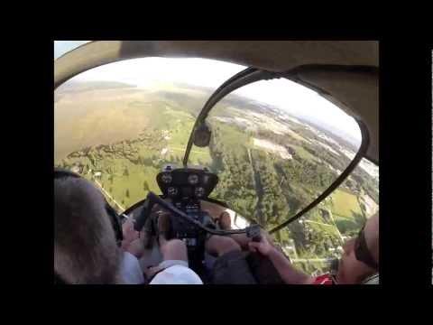 [Video]:  Helikopter ile radyo kontrollü uçağı ağaçtan kurtarma operasyonu...
