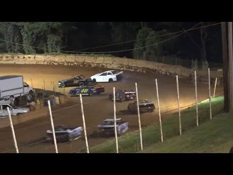 Stock 4a at Winder Barrow Speedway August 28th 2021 - dirt track racing video image