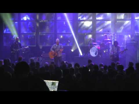 PIXIES - In Heaven (Everything is Fine) + Andro Queen - The Orpheum Theater - Boston - 1/18/14