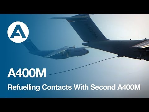 Airbus A400M Demonstrates Refuelling Contacts With Second A400M