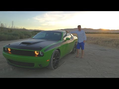 """Is the 2017 Dodge Challenger a True Muscle Car"""" - REVIEW (Sub ENG)"""