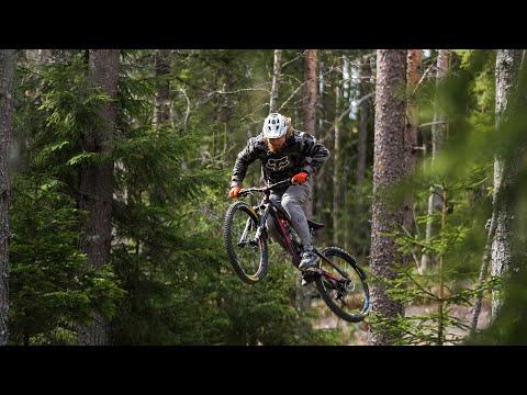 Brage Vestavik er på plass på sykkelstiene i Trysil - og digger det!