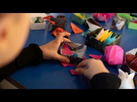 Kunstlek hjem til deg. Origamifigurer