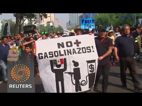 Thousands of Mexicans protest gasoline price hikes