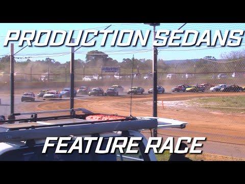 Production Sedans: Classic - A-Main - Ellenbrook Speedway - 05.09.2021 - dirt track racing video image