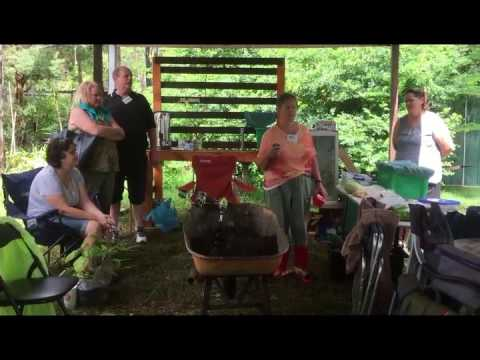 Show & Tell Logan Food Gardeners