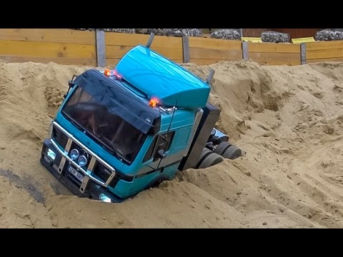 RC truck action and Mercedes SK stuck at RC Glashaus! BIG R/C FUN! - UCZQRVHvPaV4DRn3tp8qrh7A