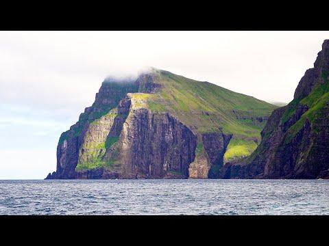 Vestmanna Sea Cliffs, Faroe Islands in 4K
