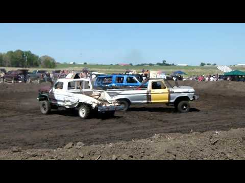 Chamberlain Demolition Derby 2018 Trucks Part 1