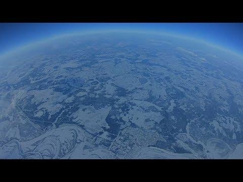 Квадрокоптер поднялся на 10 километров. / High altitude drone flight record FPV - UCjvAK1AWqQRKZcELlibrdmQ