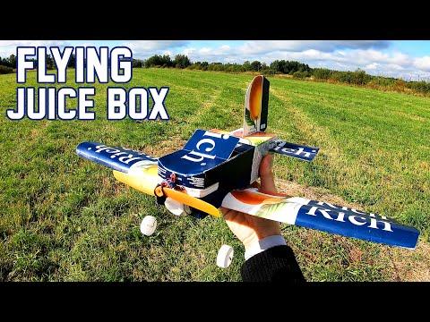 meşrubat kutusundan uçan uçak yapıyor