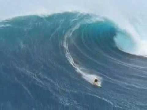 زلزال في البحر .. سبحان الله