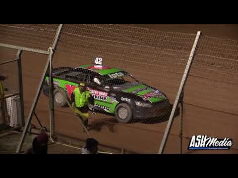 Modified Sedans: 2013/14 National Title - A-Main - Albany Speedway - 20.04.2014 - dirt track racing video image