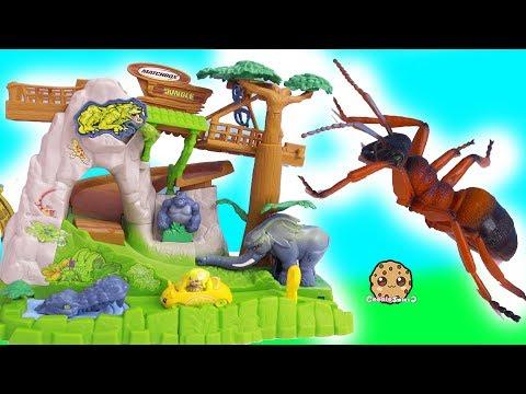 My Mini Mixie Q's Ride Shopkins Cutie Car In Jungle ! Cookie Swirl C Video - UCelMeixAOTs2OQAAi9wU8-g