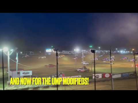 Late model UMP Summer Nationals racing from Spoon River Speedway in Lewiston, Illinois. - dirt track racing video image