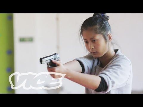 China's Elite Female Bodyguards