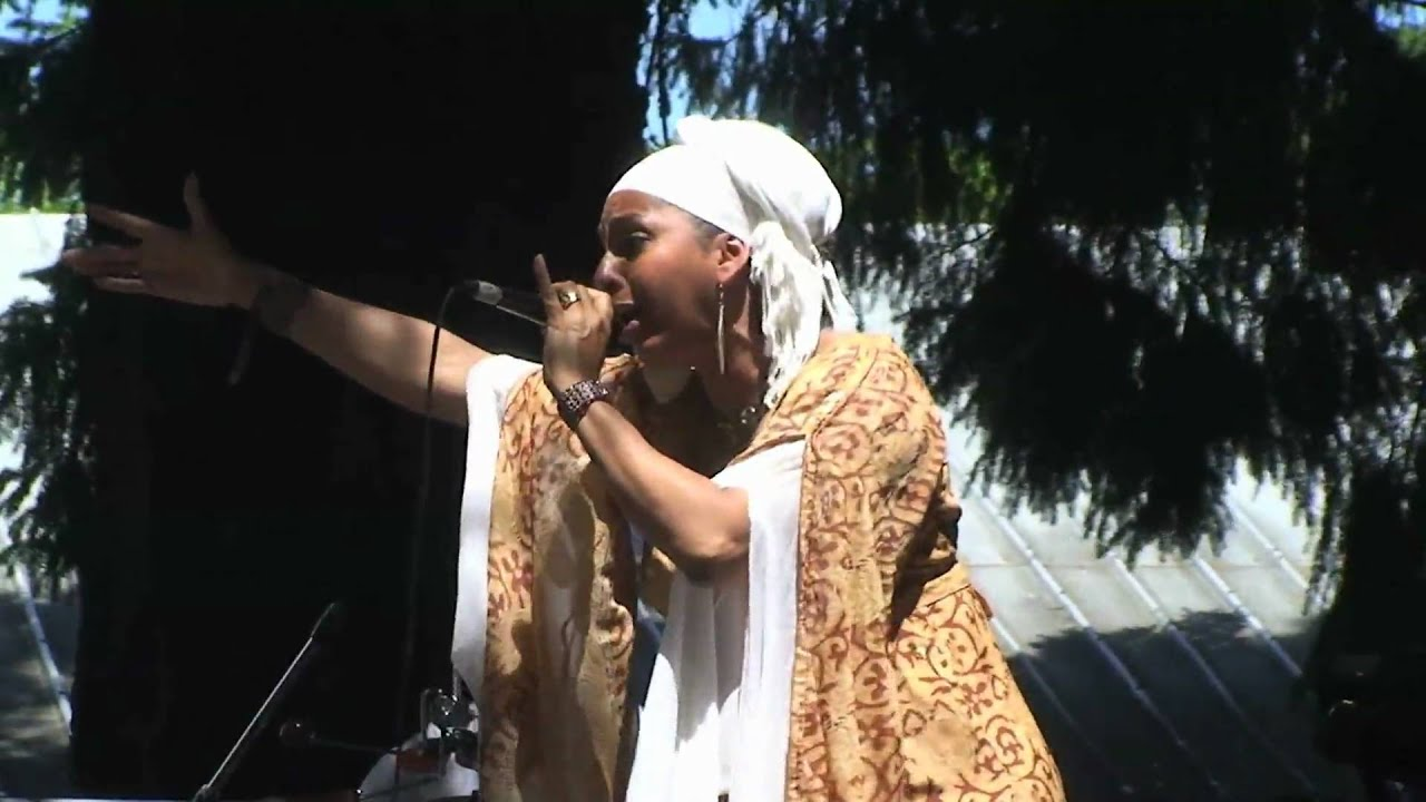 Queen Makedah and the Sheba Warriors Band 'Deliver Us' 2010 SNWMF June 20