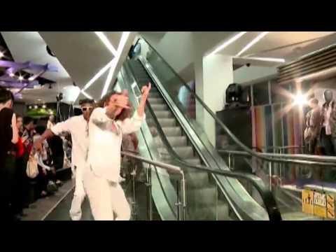 Inauguração Hollywood and Highland! Video por Chilli Beans   Brasil 3fe5edba1e