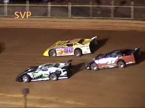 Volunteer Speedway Aug  23-25 , 2005 - dirt track racing video image