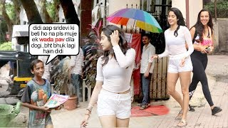 A Beggar Recognises Jhanvi Kapoor Walking On Mumbai Roads & Asks 4 Help..Wht Happns Aftr Will Melt U