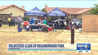 Volunteers spruce up Guadalupe park