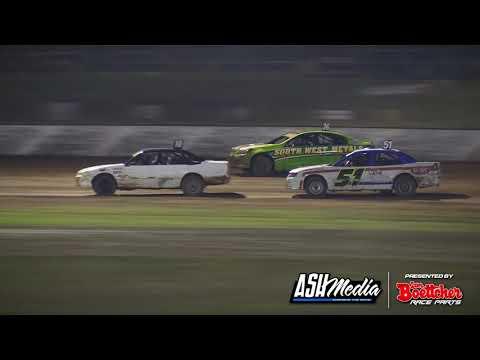 Modified Sedans: Show Meeting - A-Main - Kingaroy Speedway - 02.05.2021 - dirt track racing video image