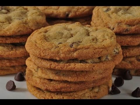 Chocolate Chip Cookies (Classic Version) - Joyofbaking.com