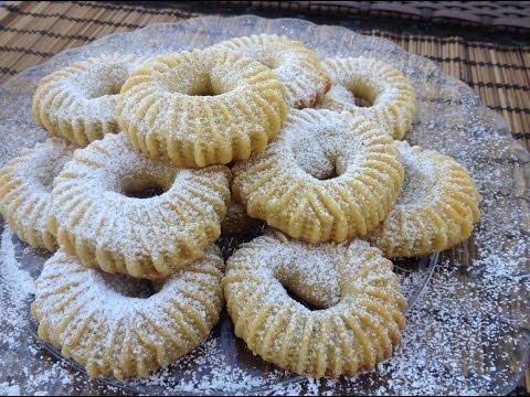 Semolina Cinnamon-Date Cookies (Ka'ik)