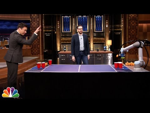 Jimmy Faces Off Against Joshua Topolsky's Beer Pong Robot - UC8-Th83bH_thdKZDJCrn88g