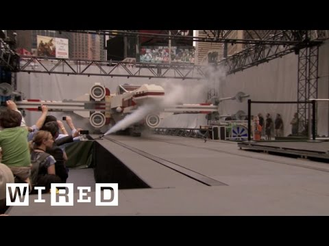 Giant Lego X-Wing Fighter Lands in Times Square-Game|Life-WIRED Exclusive - UCftwRNsjfRo08xYE31tkiyw